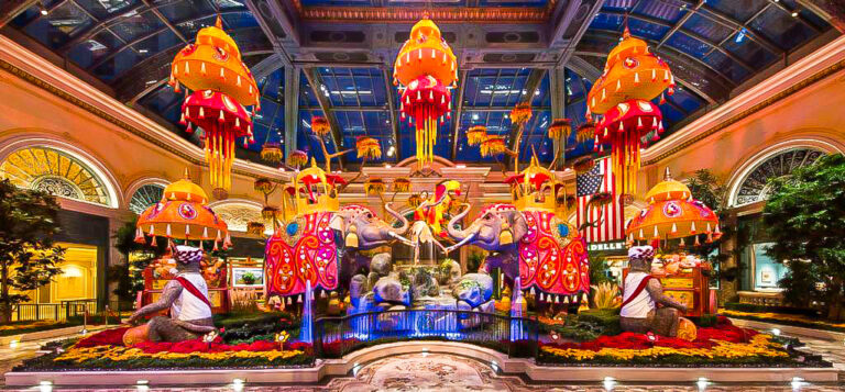 The Bellagio Conservatory and Botanical Gardens is a beautiful and free way to enjoy Las Vegas, especially with your family! The gardens are picture perfect.