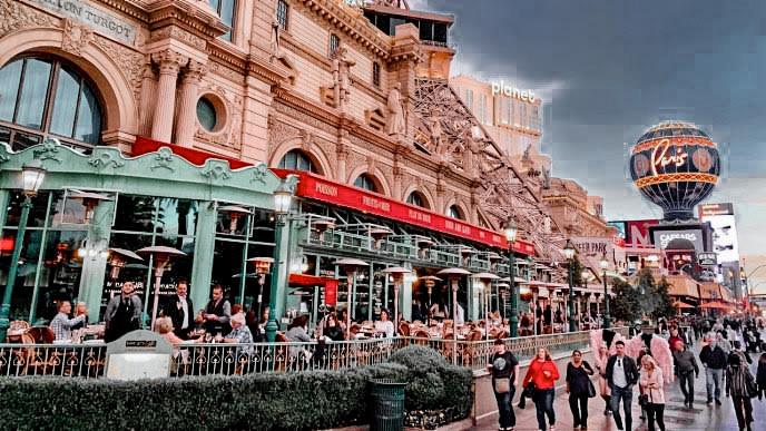 Cute Paris Cafe that is authentic